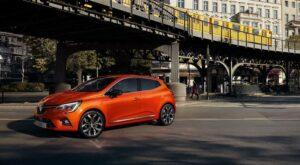 Uusi Renault Clio X-TronicAjamisen